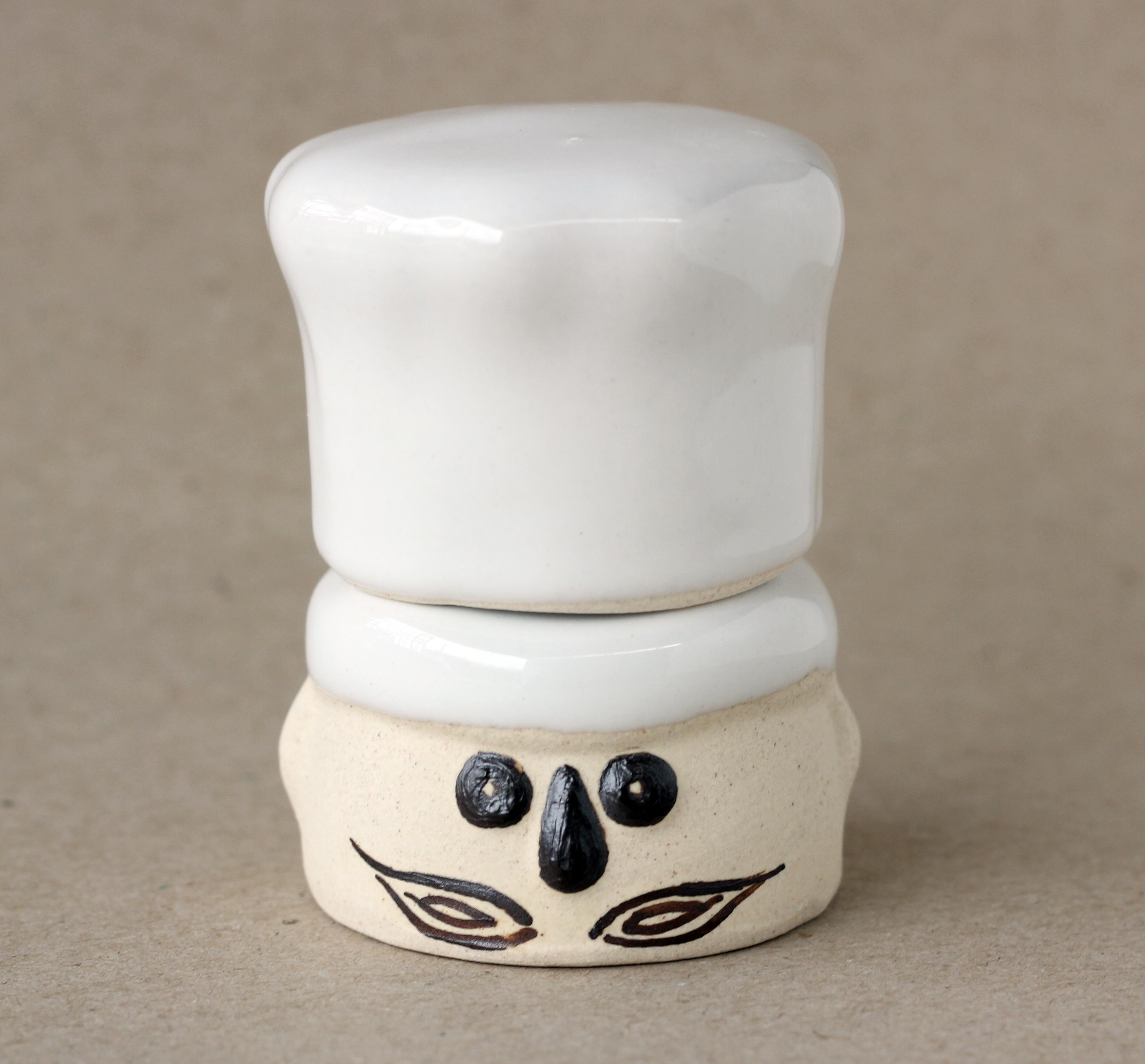 Tempat Tusuk Gigi Keramik